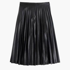 J.Crew Women's Black Faux-leather skirt